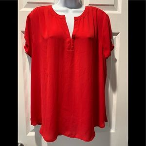 🌺Cute red loose fitting tank.